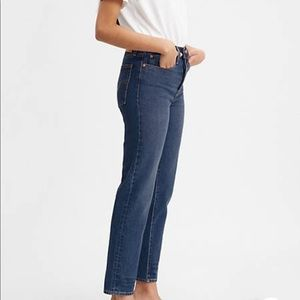 Levi's Medium Wash The Wedgie Jeans Size 29